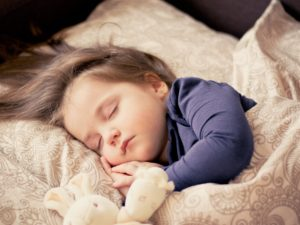 What's a good bedtime routine for children?